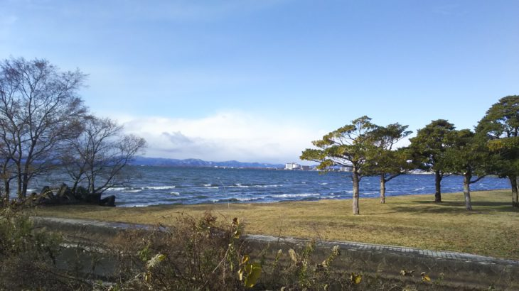 琵琶湖畔のデイキャンプ・バーベキューにオススメの無料スポット「自然公園」