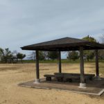 琵琶湖畔のデイキャンプ・休息にオススメの無料スポット「湖岸緑地 栗見出在家」