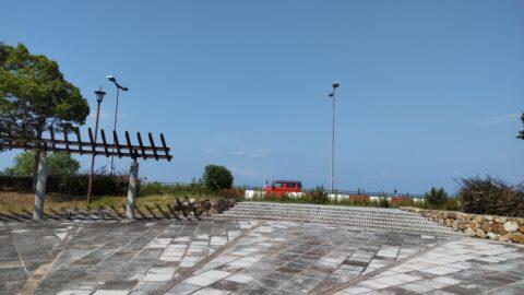 湖岸緑地公園駐車場