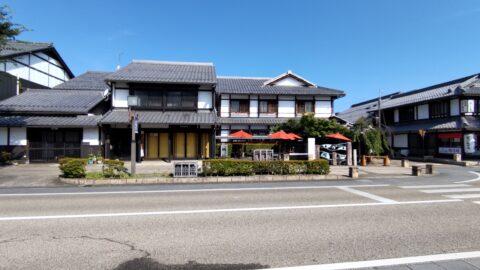 夢京橋キャッスルロード(ポケットパーク前)