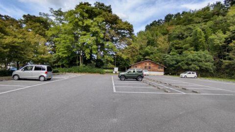千鳥ヶ丘公園駐車場